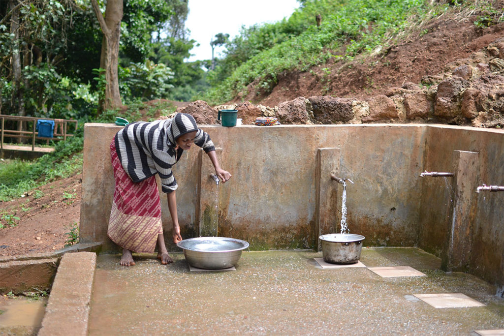 Safe drinking water infrastructure installed by SOLIDARITÉS INTERNATIONAL in Gado camp